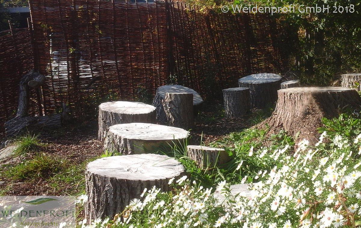 Platz 8: Weidenzaun Natur im Naturgarten